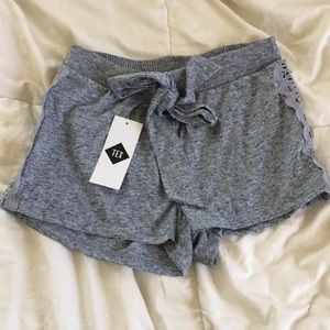 Pants - Gray bow shorts lace trim NWT